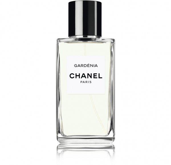 Emma Stone Wears Chanel Gardenia