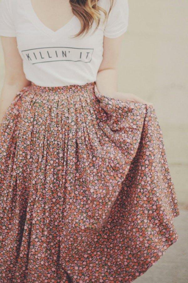 clothing,dress,sleeve,fashion,hairstyle,