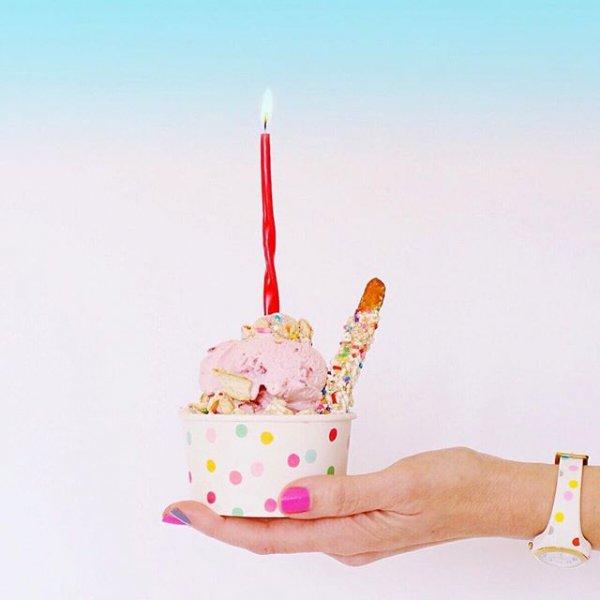 food, product, ice cream cone, dessert, lighting,