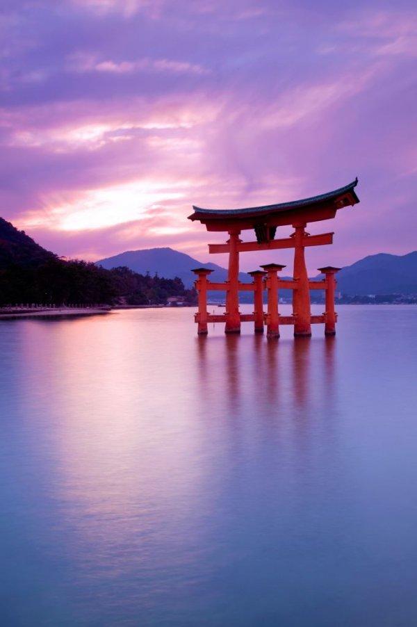 Miyajima,Itsukushima Shrine,Itsukushima,sky,reflection,