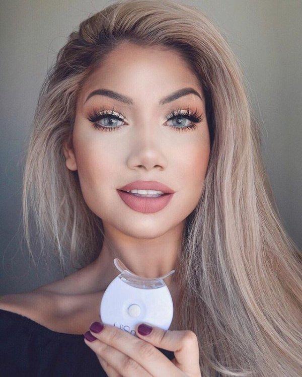 hair, eyebrow, blond, hairstyle, woman,