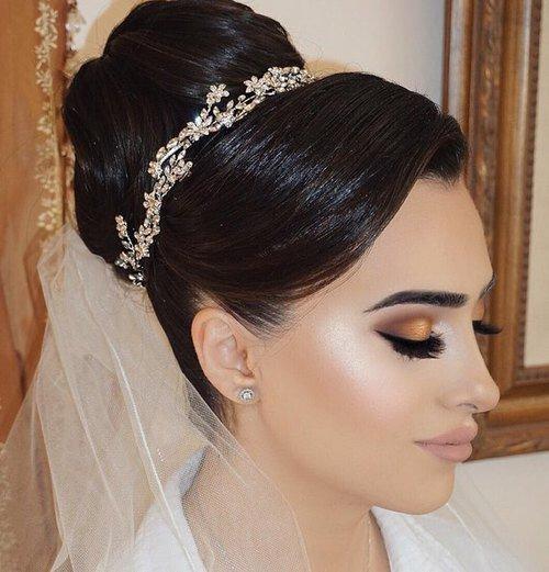 hair, clothing, bridal accessory, bridal veil, fashion accessory,