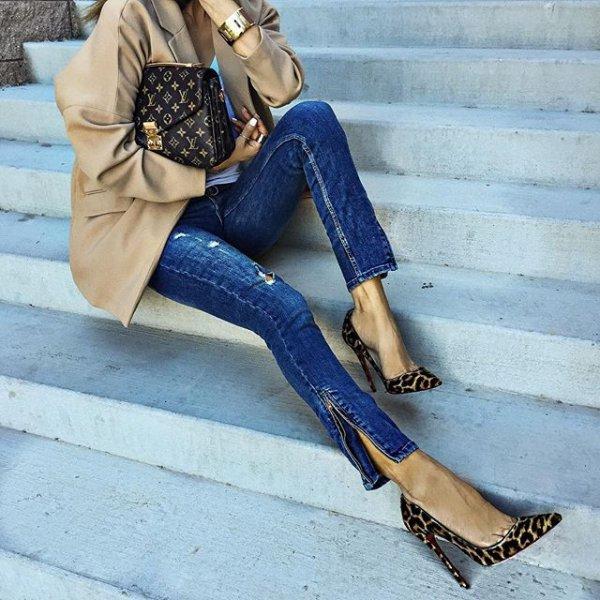 footwear, clothing, high heeled footwear, blue, shoe,