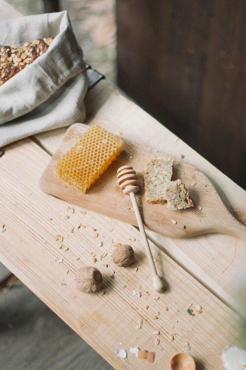 food, wood, tablecloth,