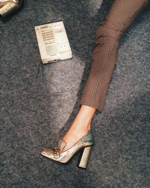 Footwear, Leg, Human leg, Ankle, Shoe,
