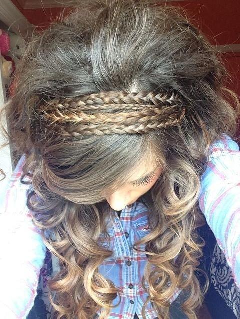 hair,hairstyle,long hair,hair coloring,brown hair,