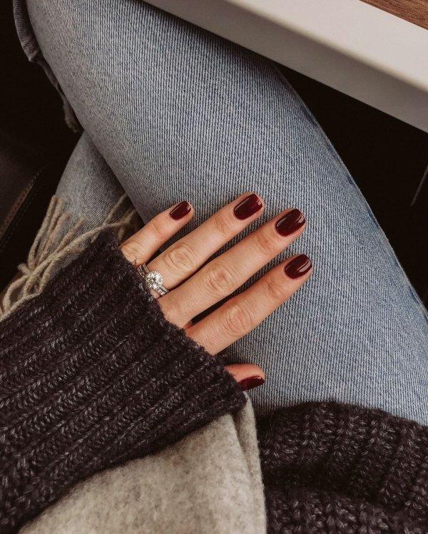 Finger, Nail, Hand, Brown, Wrist,