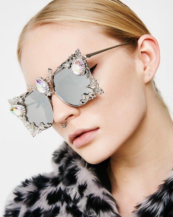 eyewear, eyebrow, vision care, beauty, sunglasses,