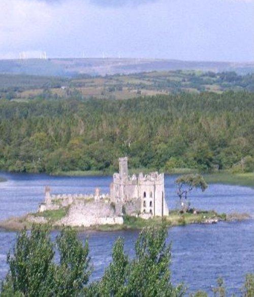 property, loch, reservoir, bay, cottage,