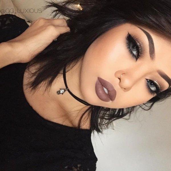 eyebrow, human hair color, chin, black hair, forehead,
