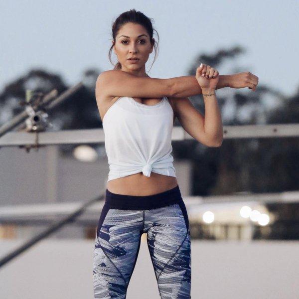 joint, fashion model, shoulder, abdomen, supermodel,
