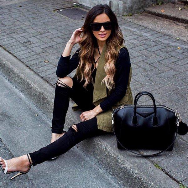 clothing, footwear, bag, handbag, fashion accessory,