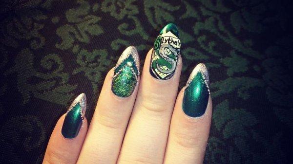 Slytherin Nail Art