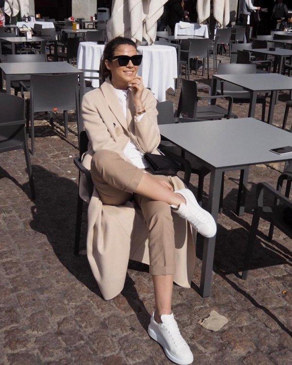 White, Eyewear, Street fashion, Fashion, Sitting,