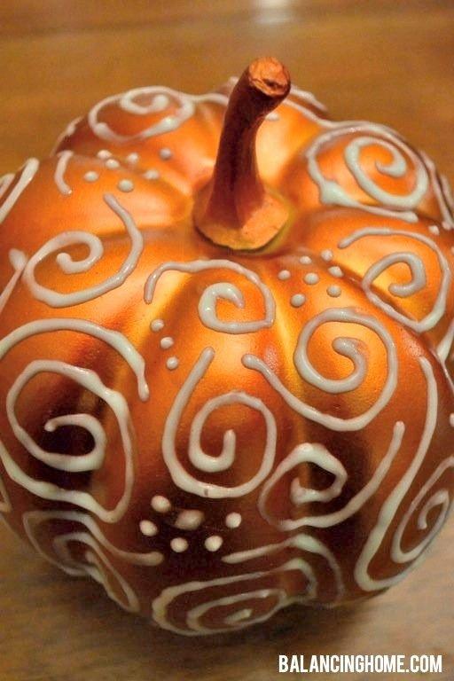 Puff Paint Pumpkin
