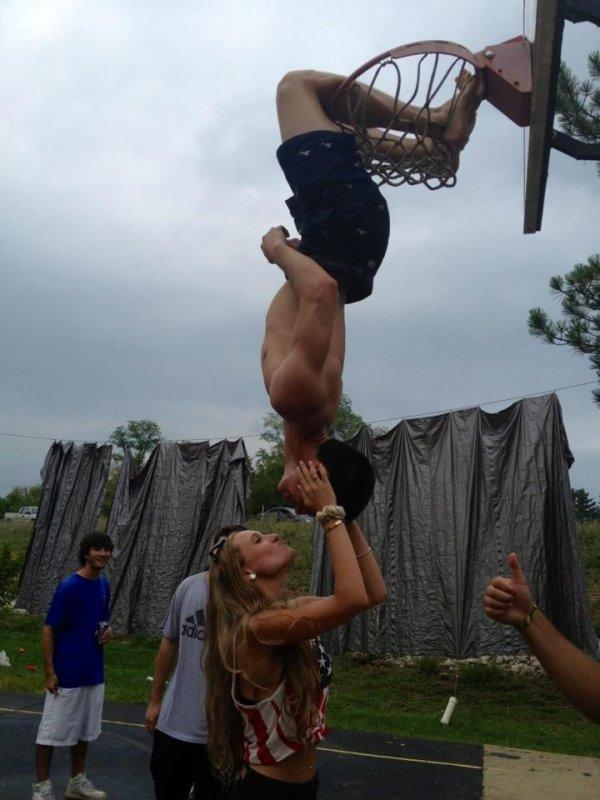 Arm, Flip (acrobatic), Acrobatics, Elbow, Performance,