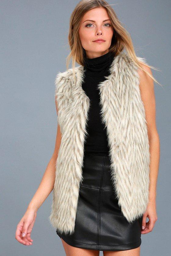 fur clothing, fur, fashion model, outerwear, supermodel,