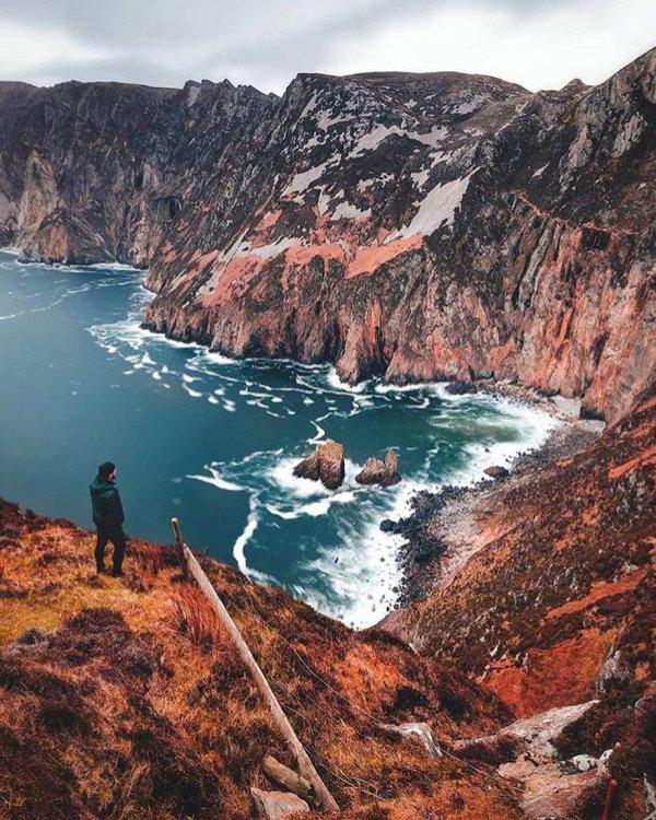 Body of water, Coast, Coastal and oceanic landforms, Bay, Cove,