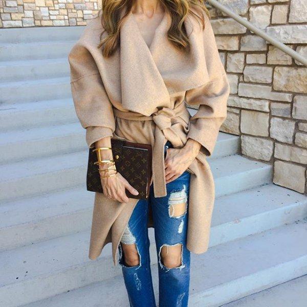 clothing, fur, outerwear, fur clothing, fashion accessory,