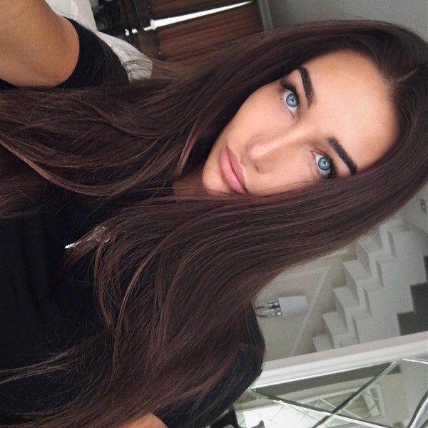 hair, human hair color, black hair, clothing, hair coloring,