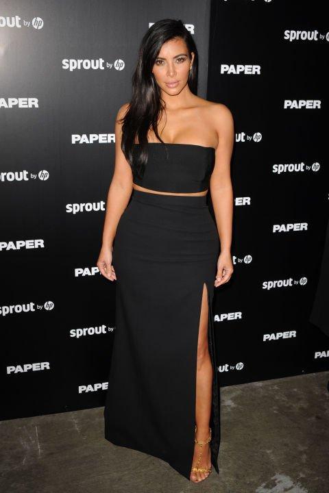 little black dress,clothing,dress,flooring,supermodel,
