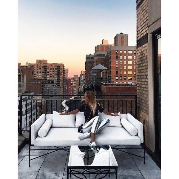 condominium, modern art, skyline, 6BE6, 11mm,