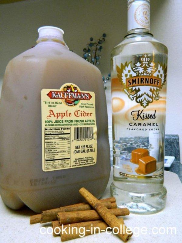 Hot Caramel Apple Cider for Grown-ups
