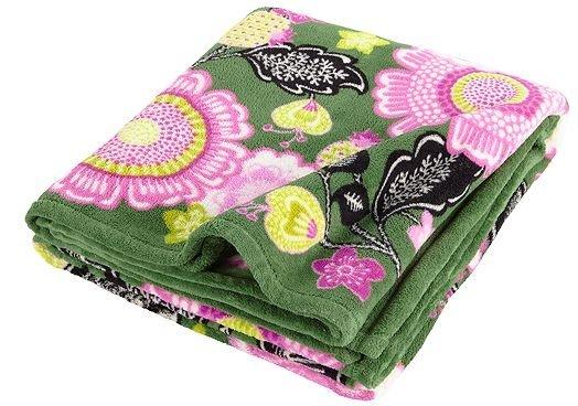 Throw Blanket in Olivia Pink