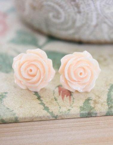 Light Peach Rose Earrings