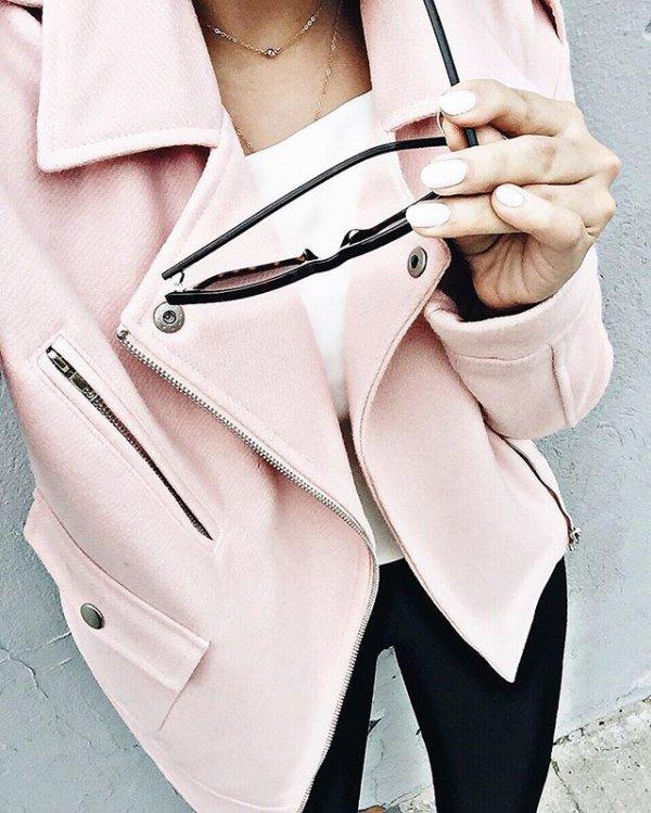 clothing, coat, shoulder bag, trench coat, formal wear,