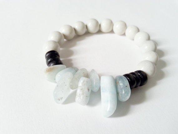 Aquamarine, Black Coconut Shell, and Quartzite Gemstone Bracelet