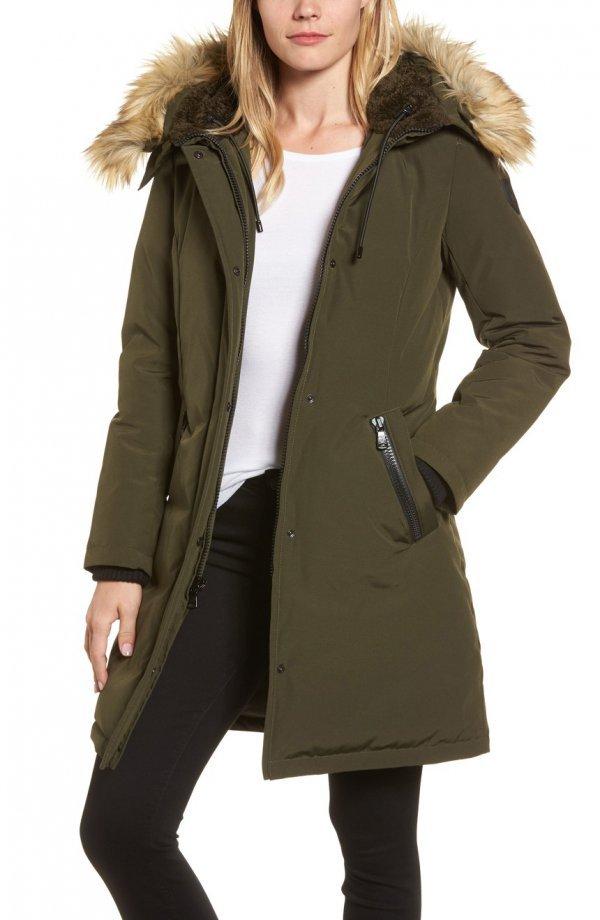 fur clothing, fur, coat, hood, overcoat,