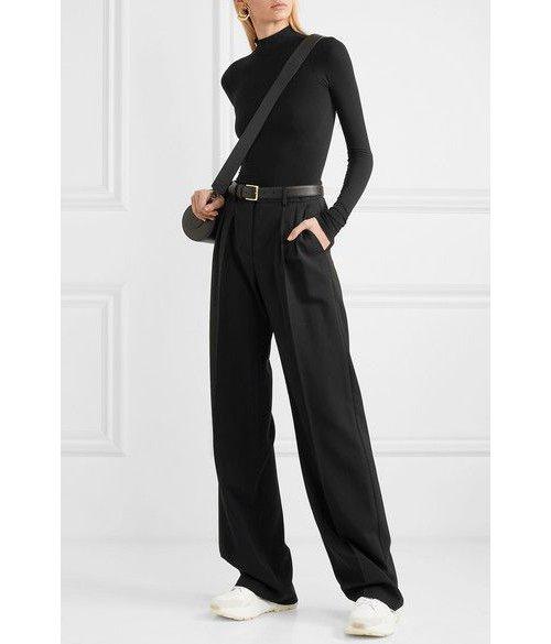 Clothing, Neck, Suit, Shoulder, Formal wear,