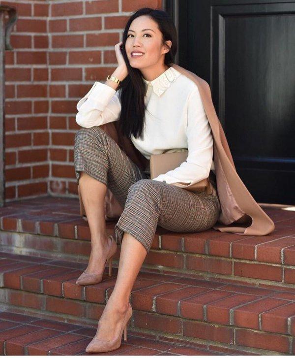 leg, sitting, beauty, thigh, fashion model,