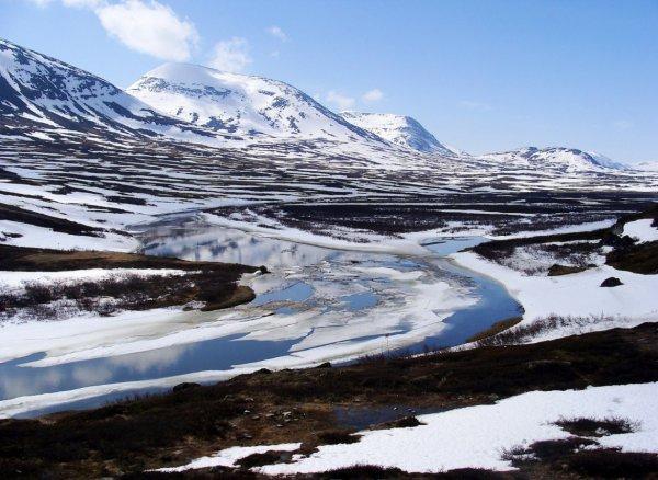 Take a Ski Tour along Sweden's King's Trail