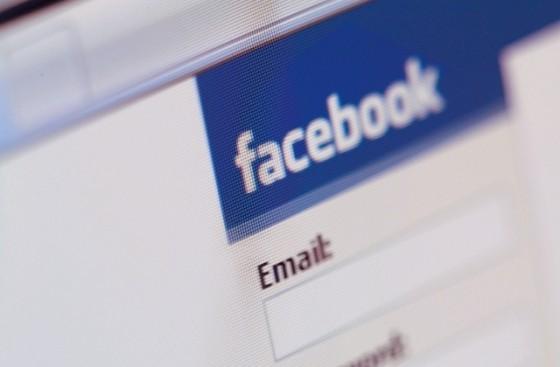 Far Less Facebook Drama for Those Who Are Single