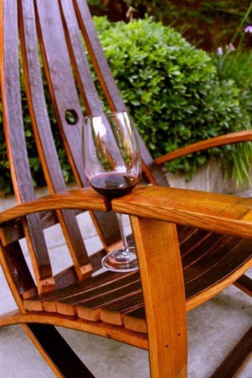 Showcase Wine-Friendly Lawn Furniture