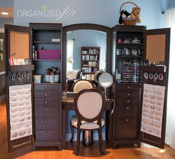 room,furniture,cabinetry,interior design,living room,