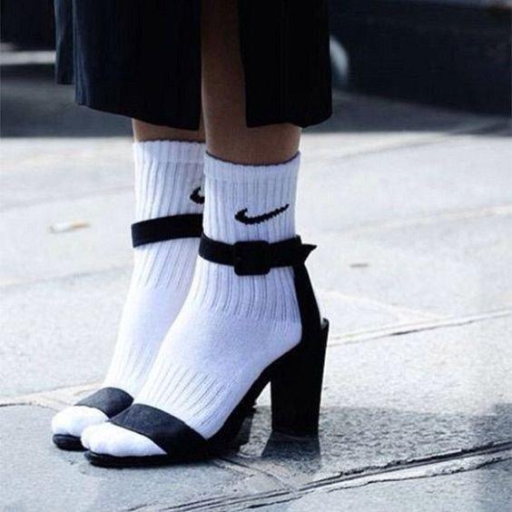 footwear, black, shoe, fashion accessory, leg,