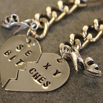 necklace,pendant,chain,jewellery,fashion accessory,