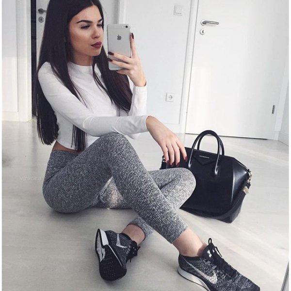 footwear, clothing, high heeled footwear, leg, shoe,
