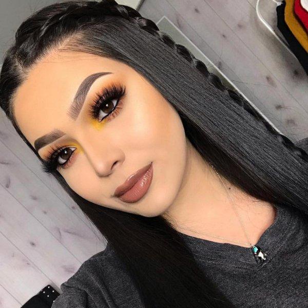 eyebrow, beauty, black hair, chin, forehead,