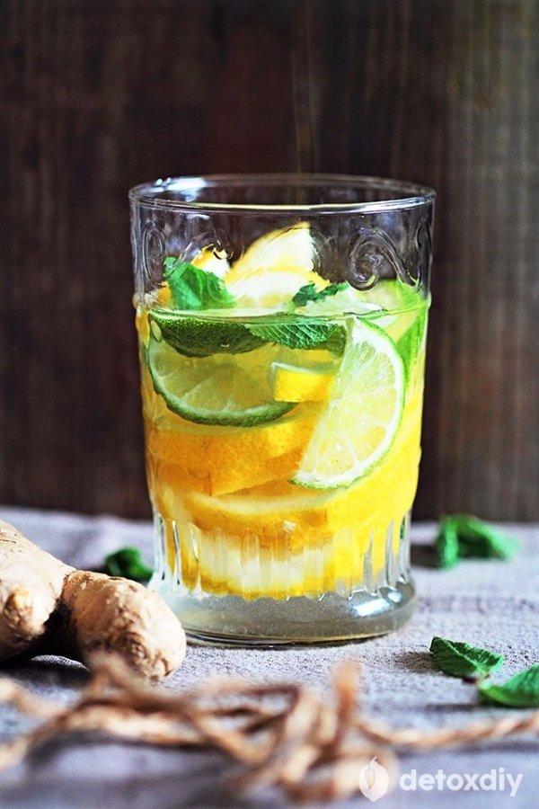 drink,cocktail,alcoholic beverage,produce,citrus,