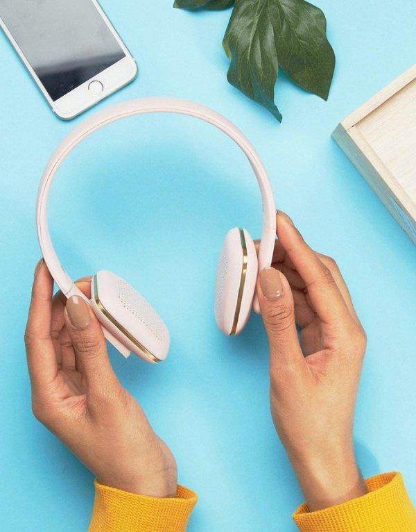 gadget, finger, ear, organ, hand,