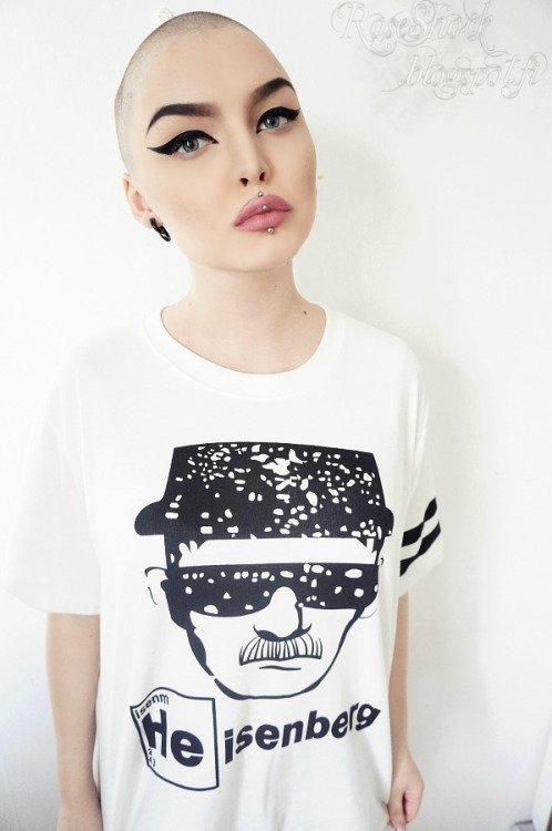 white,clothing,t shirt,sleeve,hairstyle,