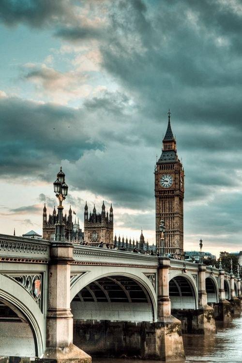 Houses of Parliament,Big Ben,landmark,city,cityscape,