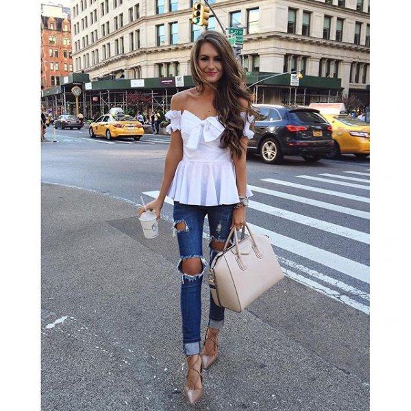 Flatiron Building, clothing, pattern, footwear, leg,
