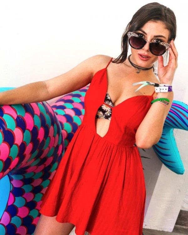 clothing, dress, neck, photo shoot, swimwear,