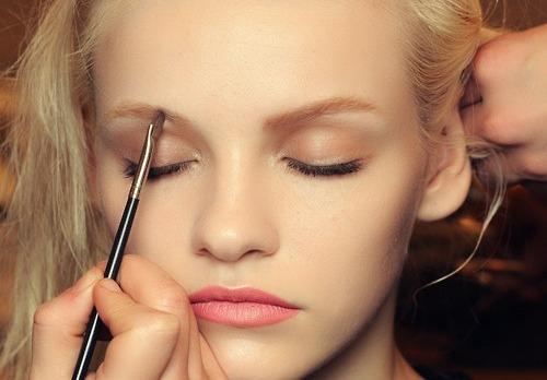 Go Lighter - 7 Summer Eye Makeup Tips ... Makeup