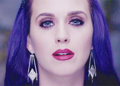 Katy Perry: Pink Eyeshadow